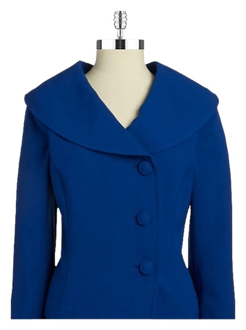 Preload https://img-static.tradesy.com/item/10561942/tahari-contact-me-for-a-10-discountby-arthur-s-levine-shawl-collar-top-jacket-size-4-s-0-2-650-650.jpg