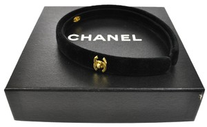 Chanel Authentic CHANEL CC Logos Hair Headband Black Velvet Vintage France AK06359