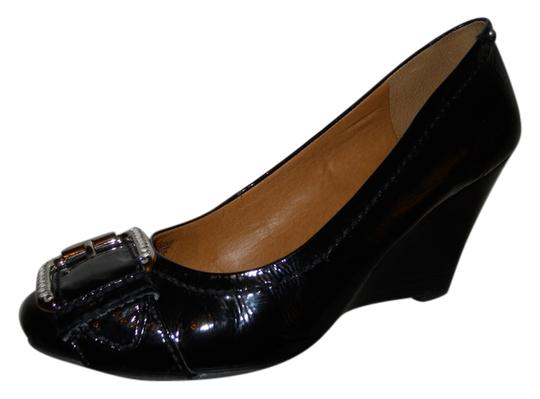 Preload https://item2.tradesy.com/images/fossil-black-patent-leather-pumps-size-us-8-regular-m-b-10568041-0-1.jpg?width=440&height=440