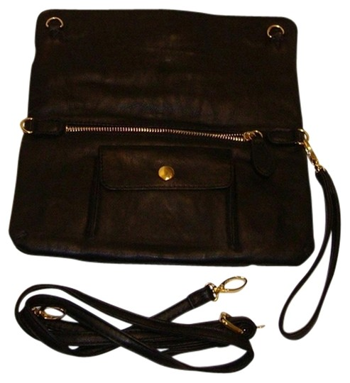 Preload https://item2.tradesy.com/images/new-clutch-that-converts-to-black-manmade-cross-body-bag-1056846-0-0.jpg?width=440&height=440
