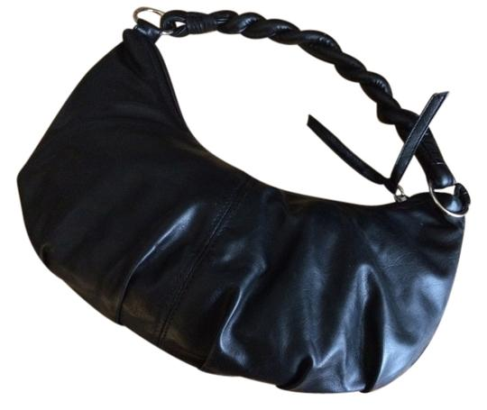 Preload https://item2.tradesy.com/images/le-chateau-black-faux-leather-hobo-bag-10568686-0-1.jpg?width=440&height=440