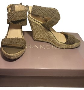 Bakers Natural Wedges
