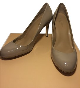 Ann Taylor Patent Leather Tan Pumps