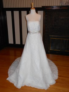 Pronovias Jaleah Wedding Dress