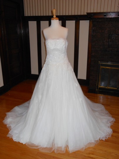 Preload https://item3.tradesy.com/images/pronovias-off-white-lace-jahi-destination-wedding-dress-size-8-m-10570852-0-2.jpg?width=440&height=440