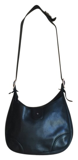 Preload https://item4.tradesy.com/images/longchamp-tote-10570963-0-1.jpg?width=440&height=440