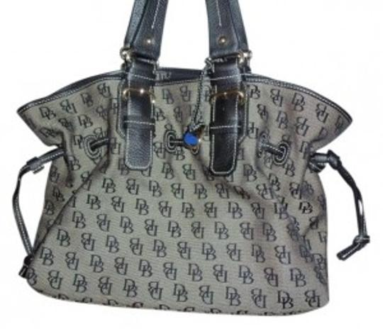 Preload https://img-static.tradesy.com/item/10572/dooney-and-bourke-black-logo-print-fabric-satchel-0-0-540-540.jpg