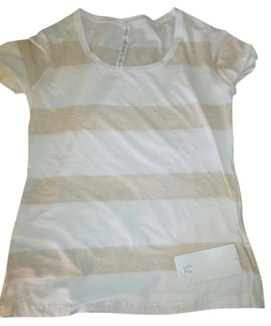 Item - Beige and White Stripes Every Yogi Activewear Top Size 12 (L, 32, 33)