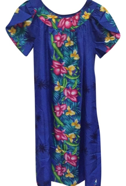 Item - Blue with Red/Yellow/Green Mid-length Short Casual Dress Size 6 (S)