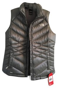 The North Face New With Tags Silver Vest