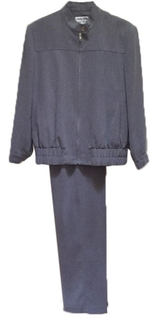 Preload https://img-static.tradesy.com/item/10574884/focus-2000-grey-by-chatles-glueck-pant-suit-size-4-s-0-1-650-650.jpg
