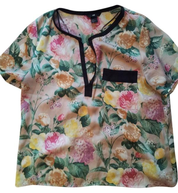 Preload https://item1.tradesy.com/images/h-and-m-tee-shirt-size-12-l-10575550-0-1.jpg?width=400&height=650