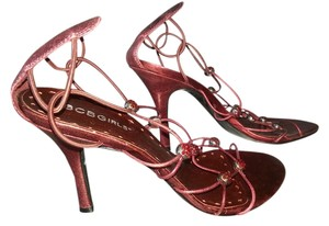 BCBGeneration Cranberry / Magenta Pumps