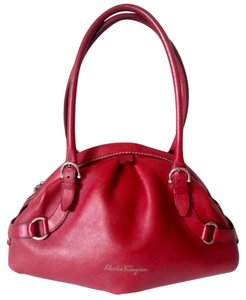 Salvatore Ferragamo Leather Italy Shoulder Bag