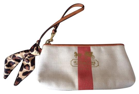 Preload https://item5.tradesy.com/images/coach-cream-wristlet-10576924-0-1.jpg?width=440&height=440