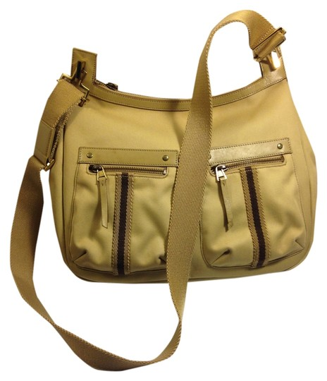 Preload https://img-static.tradesy.com/item/10577209/gucci-khaki-messenger-shoulder-tan-canvas-leather-trim-cross-body-bag-0-3-540-540.jpg