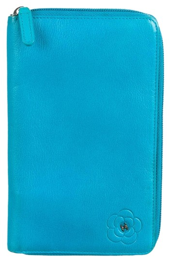 Preload https://item2.tradesy.com/images/chanel-teal-leather-camellia-zip-organizer-wallet-10577986-0-1.jpg?width=440&height=440