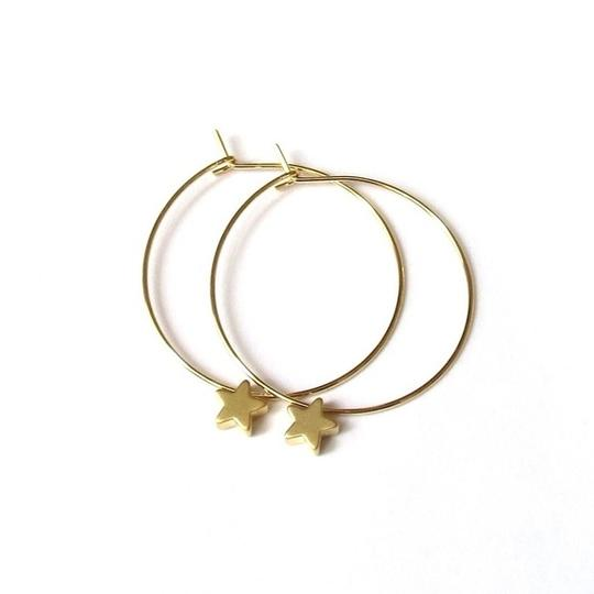 Elliot Francis Gold star hoop earrings
