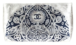 Chanel Limited Edition Le Gold Clutch