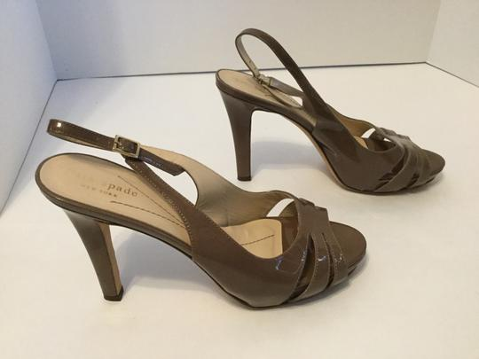 Kate Spade New MAKE AN OFFER REDUCTION Brown patent all leather padded insoles Italian slingback Sandals
