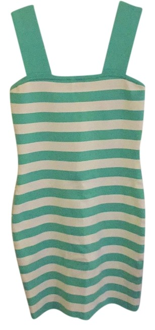 Preload https://item5.tradesy.com/images/alice-olivia-turquoise-and-white-above-knee-cocktail-dress-size-0-xs-10583014-0-1.jpg?width=400&height=650