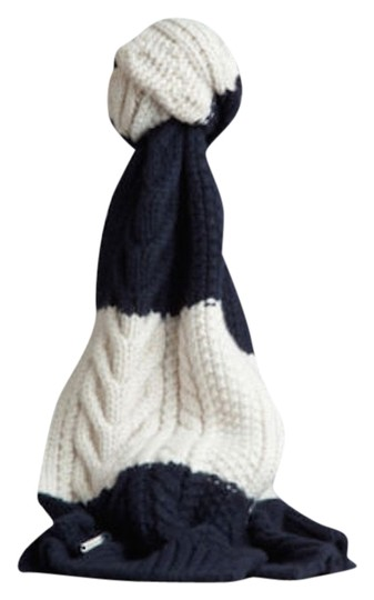 Preload https://img-static.tradesy.com/item/10583236/burberry-navy-white-aran-unisex-cashmere-wool-knitted-scarfwrap-0-1-540-540.jpg