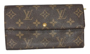 Louis Vuitton Monogram Sarah Wallet- Preowned