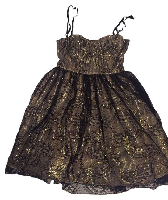 Preload https://item4.tradesy.com/images/alice-olivia-black-and-gold-yelle-mid-length-cocktail-dress-size-6-s-10584643-0-1.jpg?width=400&height=650