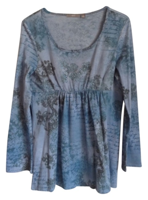 Preload https://item4.tradesy.com/images/apt-9-dark-blue-light-blue-gray-colors-and-soft-blouse-size-12-l-10584718-0-1.jpg?width=400&height=650