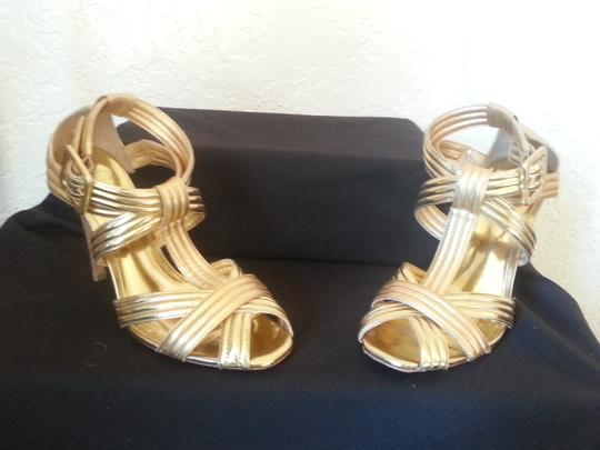 Tory Burch Strappy Sandal Heel Peeptoe Sexy Leather Buckle Gold, Metallic Pumps