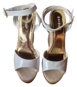 Bamboo Summer Spring White, Gold Wedges
