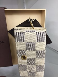 Louis Vuitton Louis Vuitton 4 key holder in Damier Azur