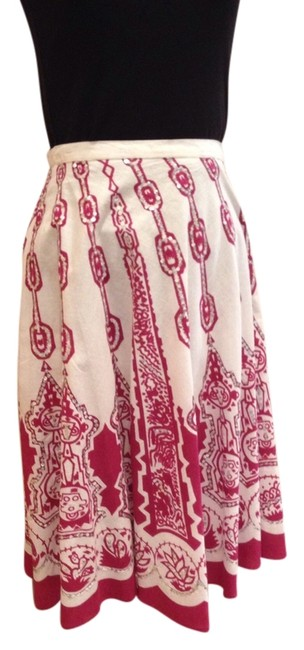 Preload https://img-static.tradesy.com/item/1059145/ivory-and-red-silver-sequins-knee-length-skirt-size-2-xs-26-0-0-650-650.jpg