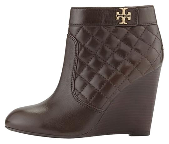 Preload https://item5.tradesy.com/images/tory-burch-coconut-leila-quilted-wedge-bootsbooties-size-us-65-10592824-0-1.jpg?width=440&height=440