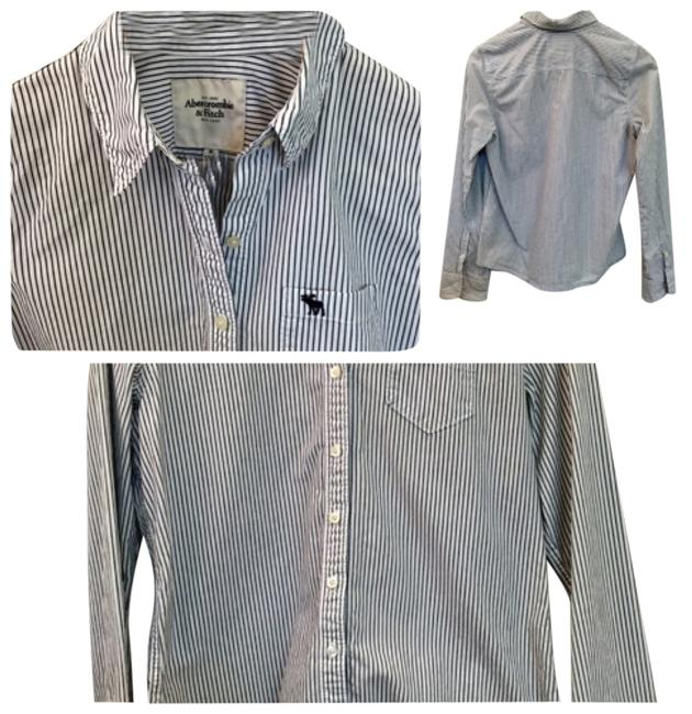 Preload https://img-static.tradesy.com/item/10594066/abercrombie-and-fitch-white-button-down-top-size-petite-8-m-0-1-650-650.jpg