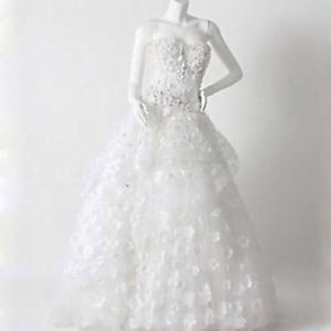 Monique Lhuillier Sophie Dress Wedding Dress