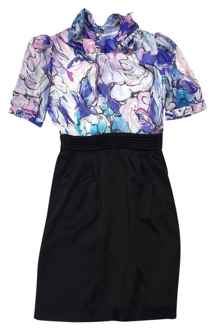 Preload https://img-static.tradesy.com/item/10595152/marc-jacobs-black-and-floral-silk-mini-short-casual-dress-size-2-xs-0-1-650-650.jpg