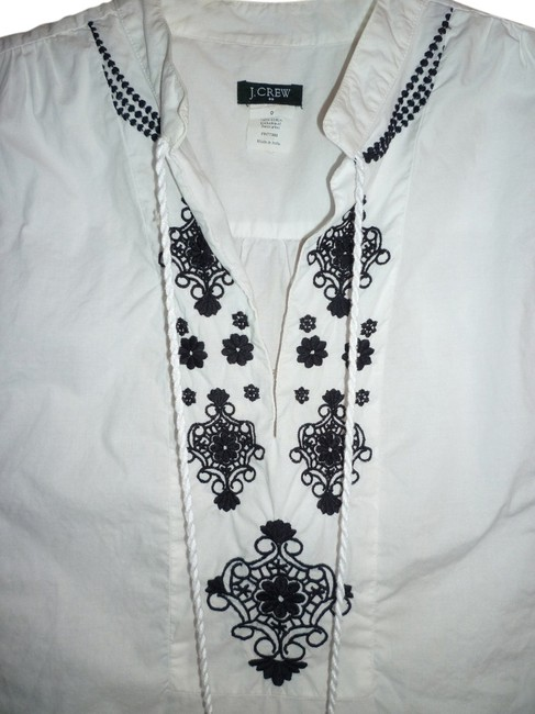 Preload https://item1.tradesy.com/images/jcrew-white-embroidered-tunic-size-0-xs-1059770-0-0.jpg?width=400&height=650