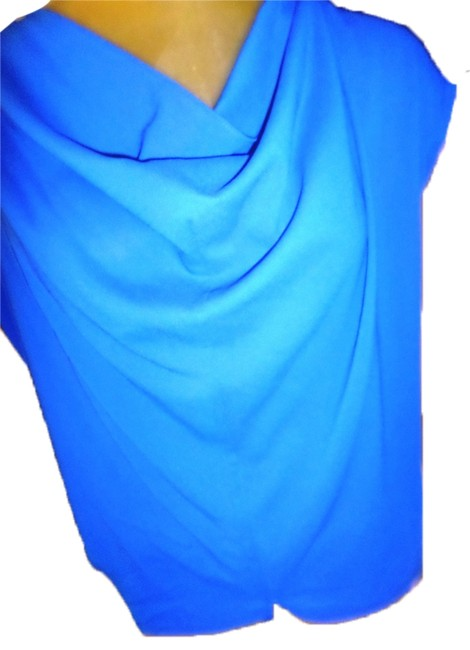 Preload https://item3.tradesy.com/images/kut-from-the-kloth-blue-crowl-neck-blouse-size-8-m-10597882-0-1.jpg?width=400&height=650