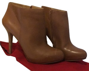 Nine West Light Brown Cognac Boots