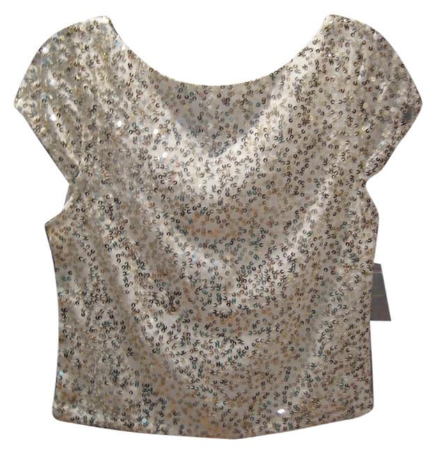 Preload https://img-static.tradesy.com/item/10602064/alice-olivia-gold-and-sequin-night-out-top-size-0-xs-0-1-650-650.jpg