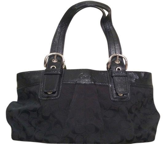 Preload https://item1.tradesy.com/images/coach-soho-pleated-signature-business-black-tote-10602115-0-2.jpg?width=440&height=440