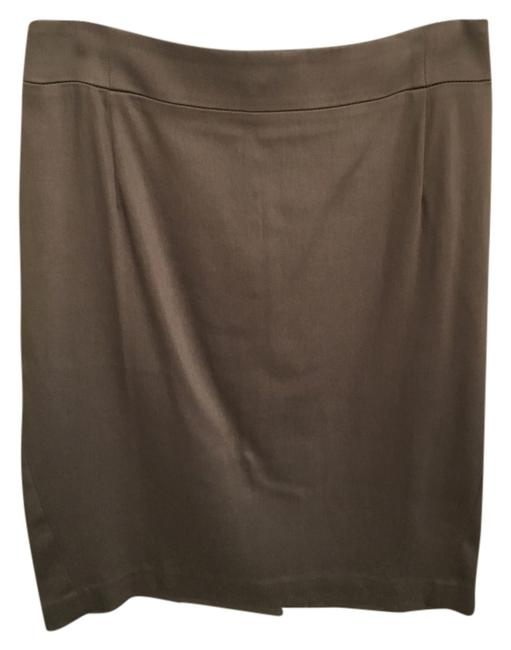 Preload https://item2.tradesy.com/images/theory-beige-wear-to-work-pencil-knee-length-skirt-size-8-m-29-30-10602166-0-1.jpg?width=400&height=650
