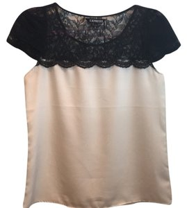Express Top Off white and black