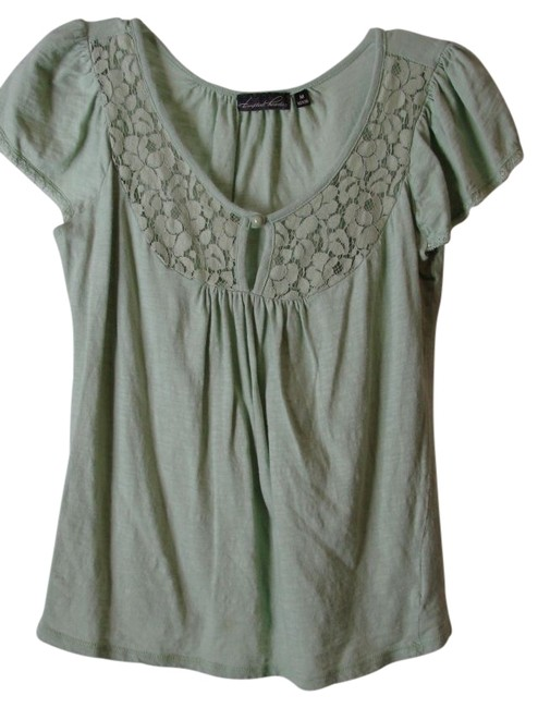 Preload https://item4.tradesy.com/images/tempted-hearts-green-blouse-size-8-m-10603-0-0.jpg?width=400&height=650