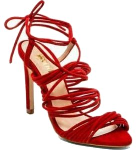 The mode collective Red Sandals