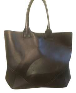 Givenchy Tote in Black