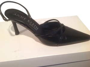 AK Anne Klein Leather Made In Italy Black Pumps