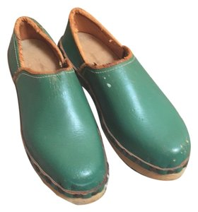Holland Green Mules