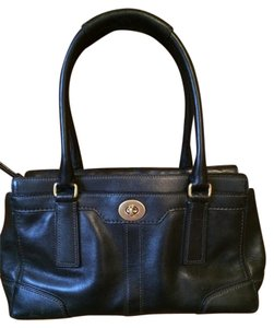 Coach Carry All Leather Rare Classic Medium Tote Hampton 11047 Satchel in Black
